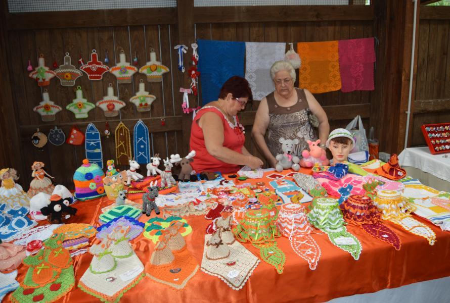 Ponte a hacer ganchillo mercado agro artesanal de - Centro hogar armas fuerteventura ...
